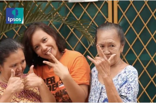 family from jakarta happy, piece signs